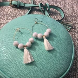 🎊FLASH🌟🆕White Pom&Tassel GoldHoop Earrings NWOT